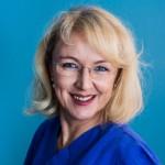Elke Altena: Gesundheits- und Krankenpflegerin, Schichtleitung